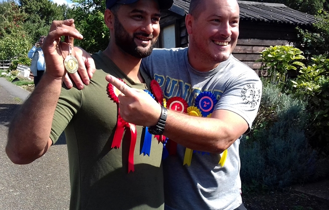 Two of the top winners showing off their 'bling'.